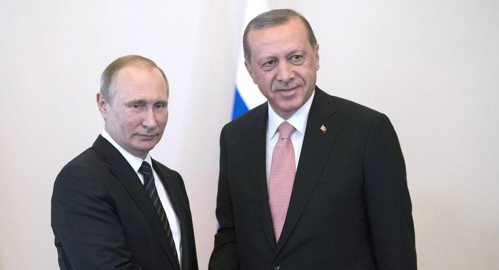 Incontro tra Vladimir Putin e Recep Tayyip Erdogan (foto d'archivio)