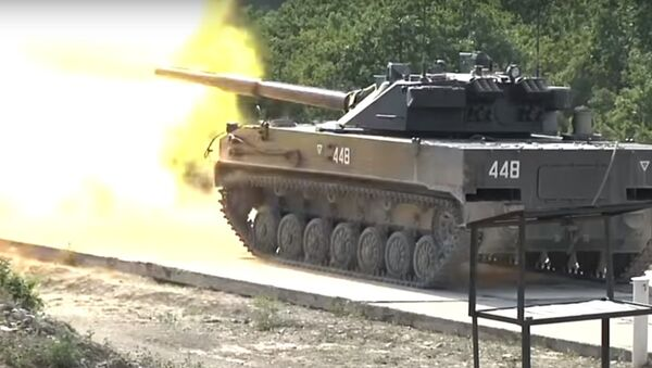Le capacità dei mezzi militari delle truppe aviotrasportate russe - Sputnik Italia