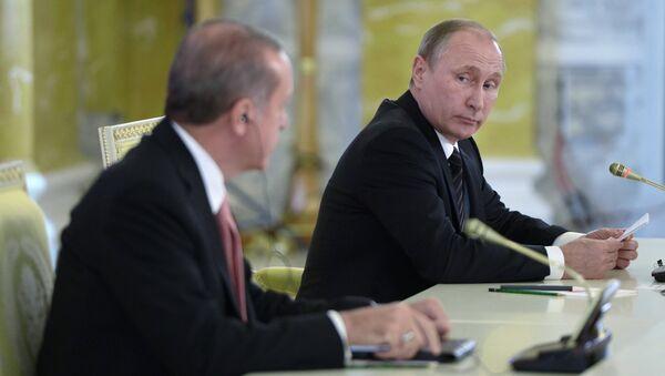 Incontro tra Vladimit Putin e Recep Tayyip Erdogan a San Pietroburgo - Sputnik Italia
