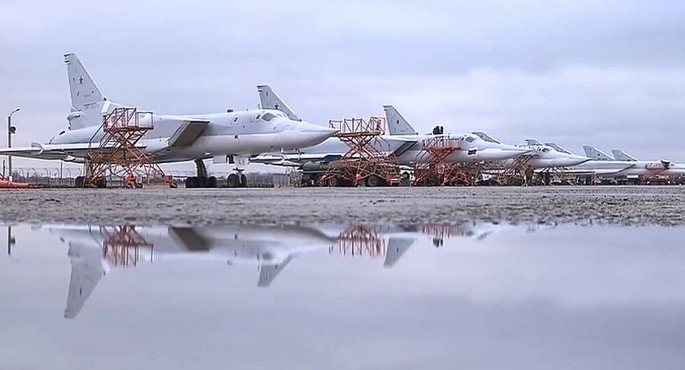 Tupolev Tu-22M3 russi alla base Hmeimim in Siria
