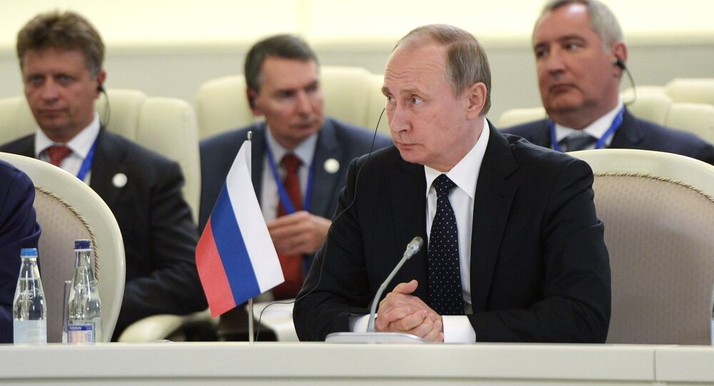 Vladimir Putin al vertice di Baku