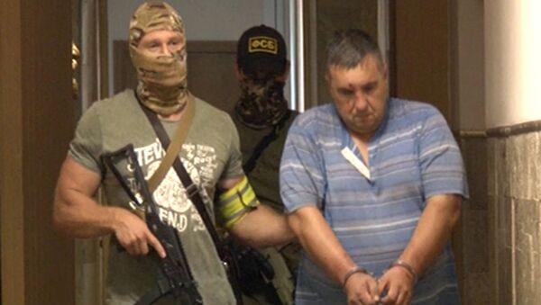 Задержанный сотрудниками ФСБ России в Крыму украинский диверсант - Sputnik Italia
