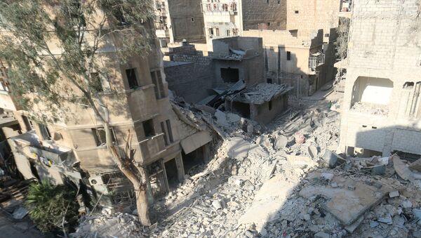 Разрушенные дома в сирийском городе  Алеппо - Sputnik Italia