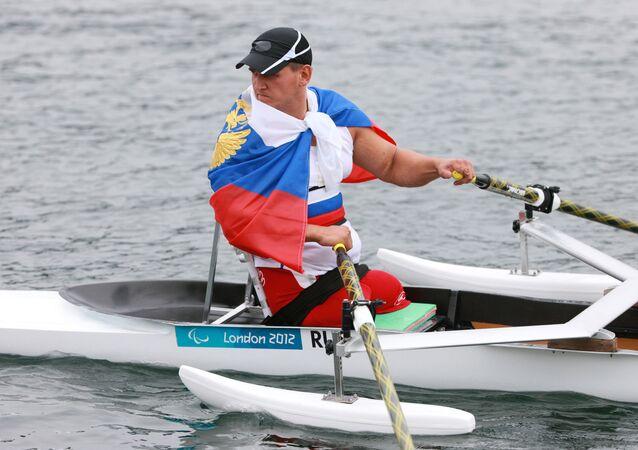 Atleta russo aprtecipa alle Paralimpiadi 2012 a Londra