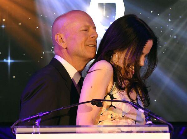 Bruce Willis e Mary-Louise Parker. - Sputnik Italia