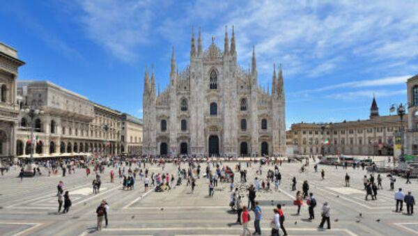Milano, piazza Duomo. - Sputnik Italia