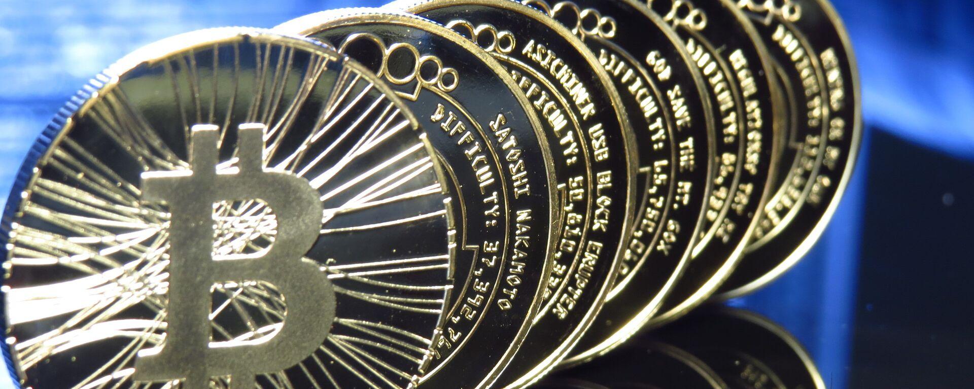 Bitcoin - Sputnik Italia, 1920, 27.08.2021