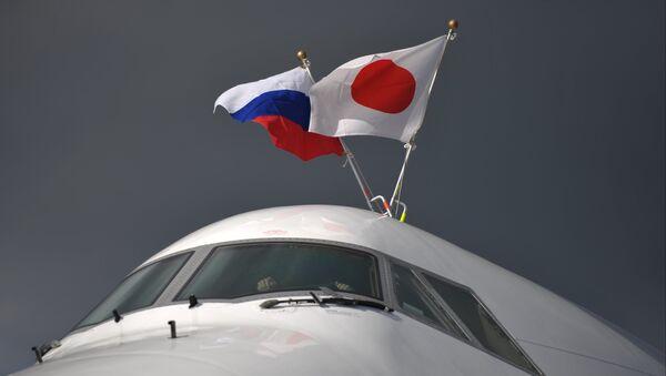 The plane of Prime Minister of Japan Shinzo Abe at Pulkovo Airport, St. Petersburg - Sputnik Italia