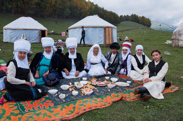 Liberi e fieri, lo spirito nomade rivive in Kyrgyzstan - Sputnik Italia