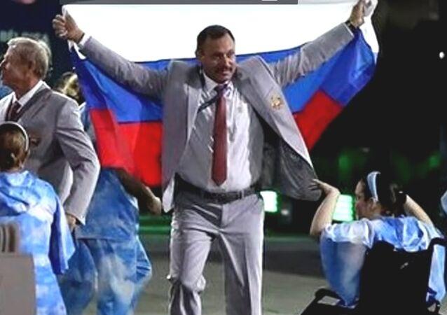 La bandiera russa sfila lo stesso a Rio