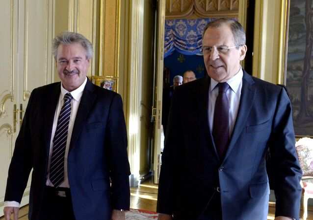 Russian Foreign Minister Sergei Lavrov, right, and his Luxemburg's counterpart Jean Asselborn during a meeting in Moscow. File photo