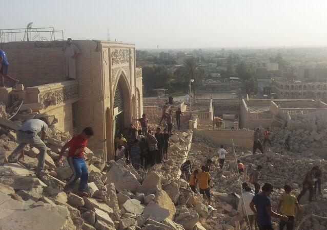 Edifici ridotti in macerie a Mosul