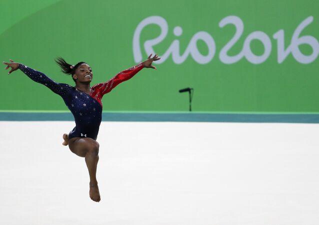 La campionessa olimpica statunitense Simone Biles