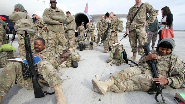 Soldati americani nella base di Manas in Kyrgyzstan - Sputnik Italia