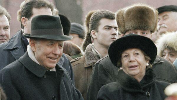 Carlo Azeglio Ciampi e la moglie Franca in visita in Russia nel 2003 - Sputnik Italia