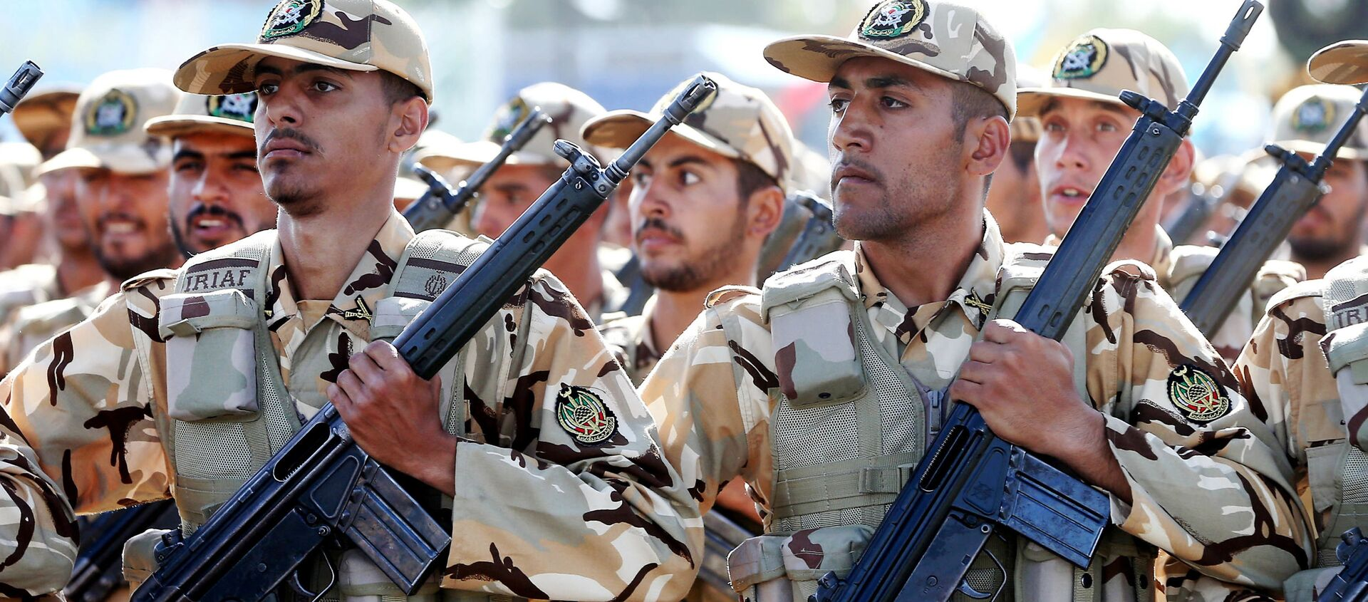 Soldati iraniani in parata militare - Sputnik Italia, 1920, 27.04.2021