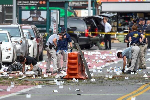 FBI al posto dell'esplosione a Manhattan. - Sputnik Italia