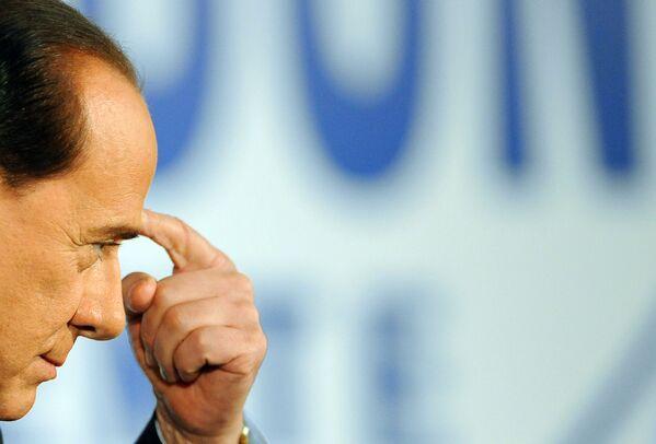 Berlusconi durante una conferenza stampa, 2008. - Sputnik Italia