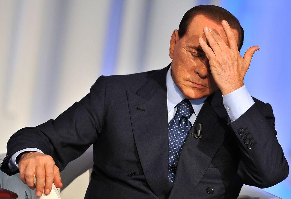 Silvio Berlusconi  durante una puntata di Porta a Porta.