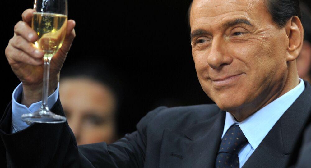 Silvio Berlusconi prima di una partita del Milan