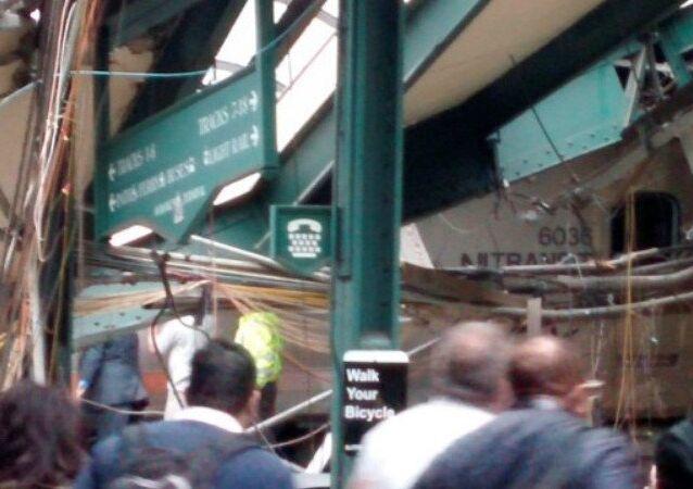Schianto di un treno in New Jersey