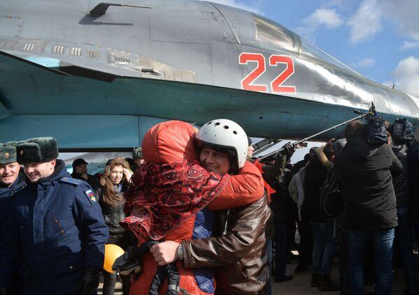 L'aeronautica militare russa in Siria. Un anno dopo. - Sputnik Italia