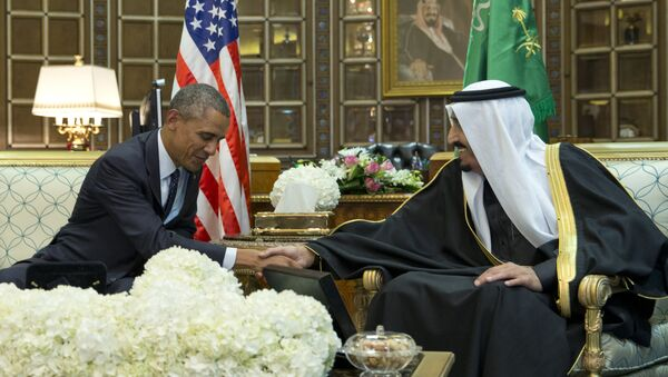 Barack Obama parla con il re Salman bin Abdulaziz al-Saud dell'Arabia Saudita - Sputnik Italia