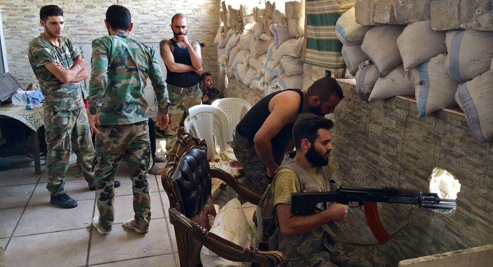Militari siriani ad Aleppo