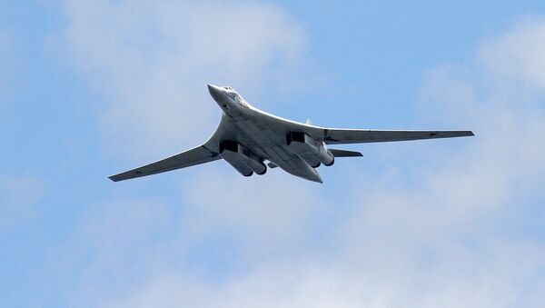 L'aereo portamissili supersonico Tu-160. - Sputnik Italia