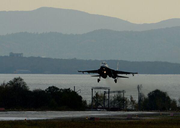 Esercitazioni dell'aviazione russa nell'Oceano Pacifico - Sputnik Italia