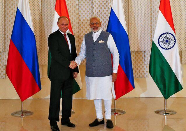 Vladimir Putin e Narendra Modi