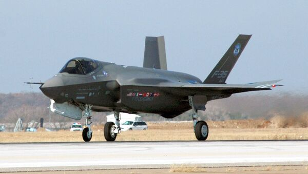 F-35 Joint Strike Fighter Lightning II - Sputnik Italia