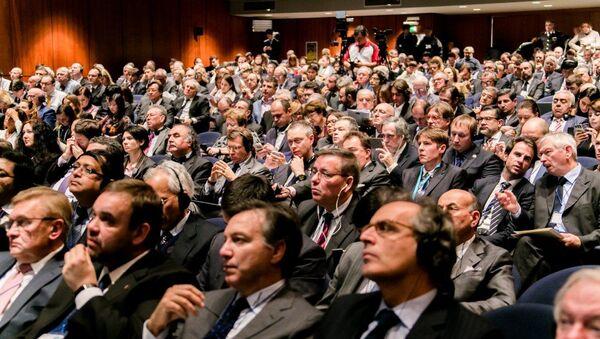 La platea al Forum Euroasiatico di Verona del 2015 - Sputnik Italia