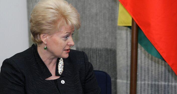 Dalia Grybauskaitė, presidente della Lettonia