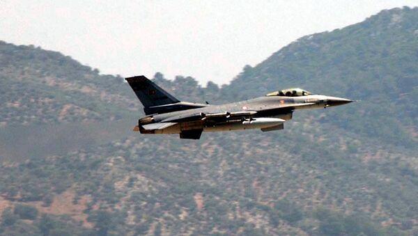 Caccia F-16 turco - Sputnik Italia