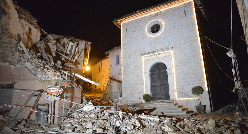 Chiesa distrutta da un terremoto in Italia