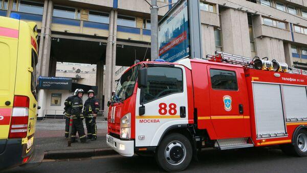 Пожарные машины у центрального офиса МИА Россия сегодня - Sputnik Italia