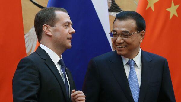 Primo Ministro russo Dmitry Medvedev e Primo Ministro cinese Li Keqiang - Sputnik Italia