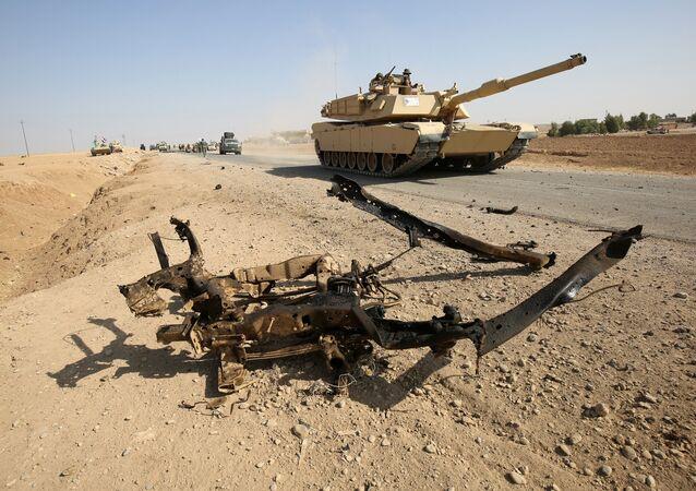 Offensiva dell'esercito iracheno vicino a Mosul