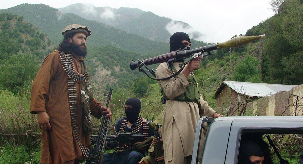 Guerriglieri talebani in Pakistan.