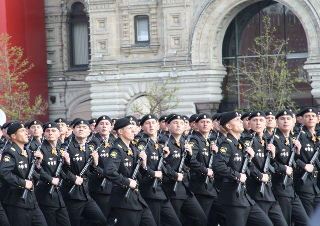 Militari durante la ripetizione della Parata della Vittoria.