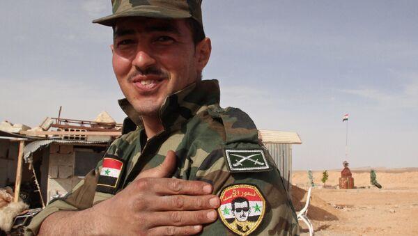 Soldato siriano nella provincia di Damasco - Sputnik Italia