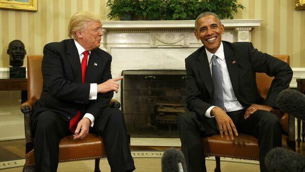 Donald Trump e Barack Obama alla Casa Bianca - Sputnik Italia