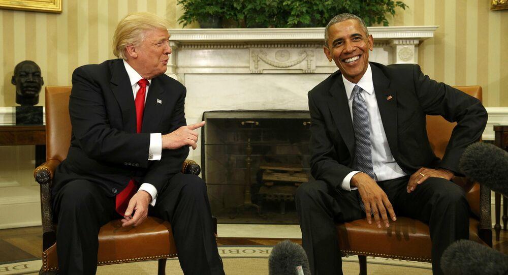 Donald Trump e Barack Obama alla Casa Bianca (foto d'archivio)