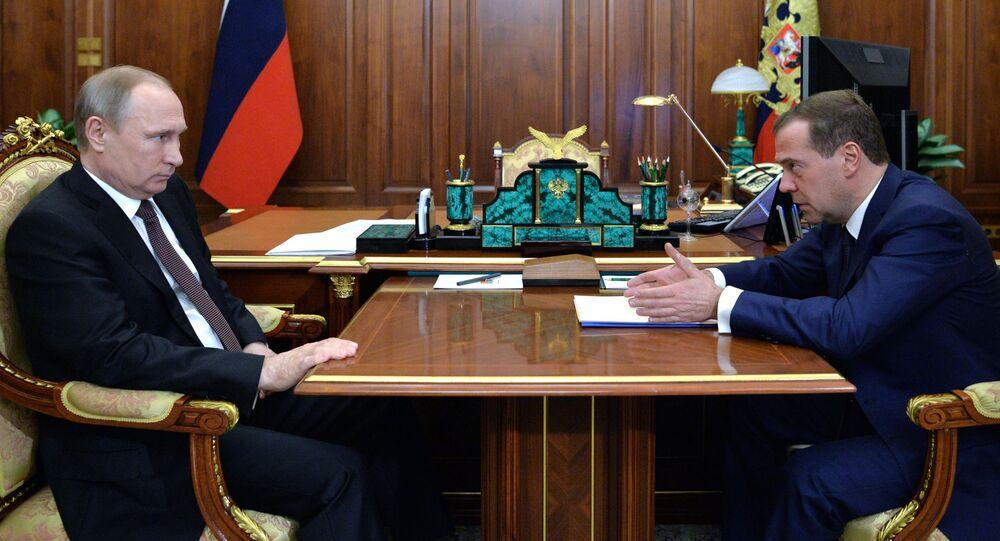 Vladimir Putin e Dmitry Medvedev
