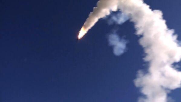 Il lancio dei missili ONIKS dal complesso missilistico Bastion - Sputnik Italia