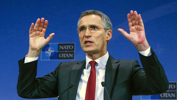 NATO Secretary-General Jens Stoltenberg gestures during a news conference ahead of a NATO defense ministers meeting, which will be held on February 10-11, at the Alliance's headquarters in Brussels, Belgium February 9, 2016. - Sputnik Italia