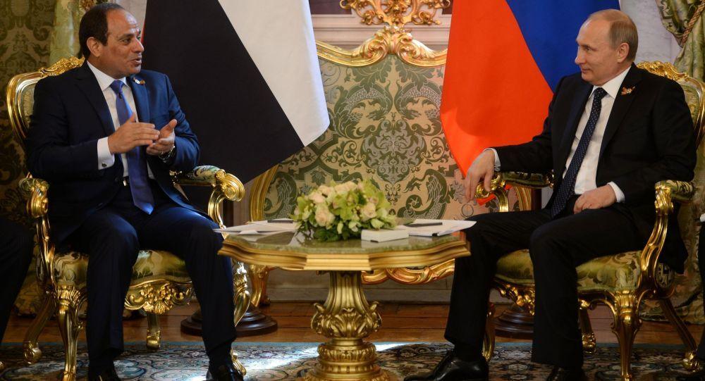 Incontro di Putin con presidente egiziano