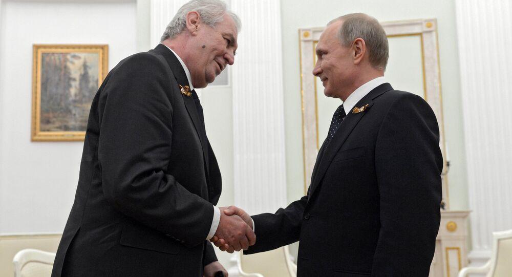 Český prezident Miloš Zeman a ruský prezident Vladimir Putin během setkání v Kremlu