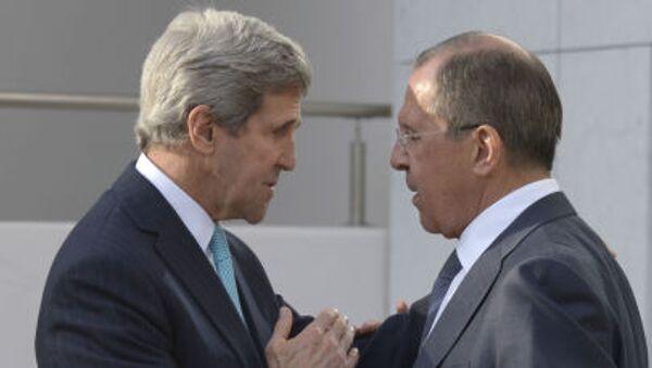 Ministro degli Esteri russo Sergej Lavrov e Segretario di Stato USA John Kerry - Sputnik Italia